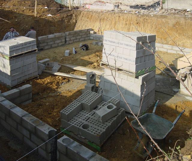 chantier de la maison en bois douglas à Montlignon 28 mars 2011