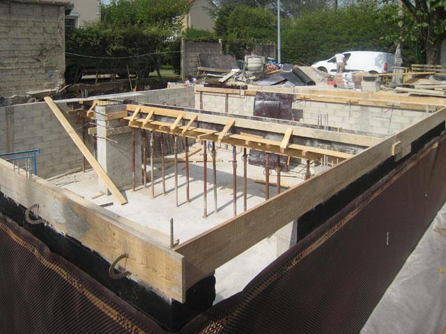 chantier de la maison en bois douglas à Montlignon 11 avril 2011