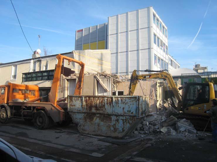 démolition avant construction de la maison écologique SO'House à St Ouen